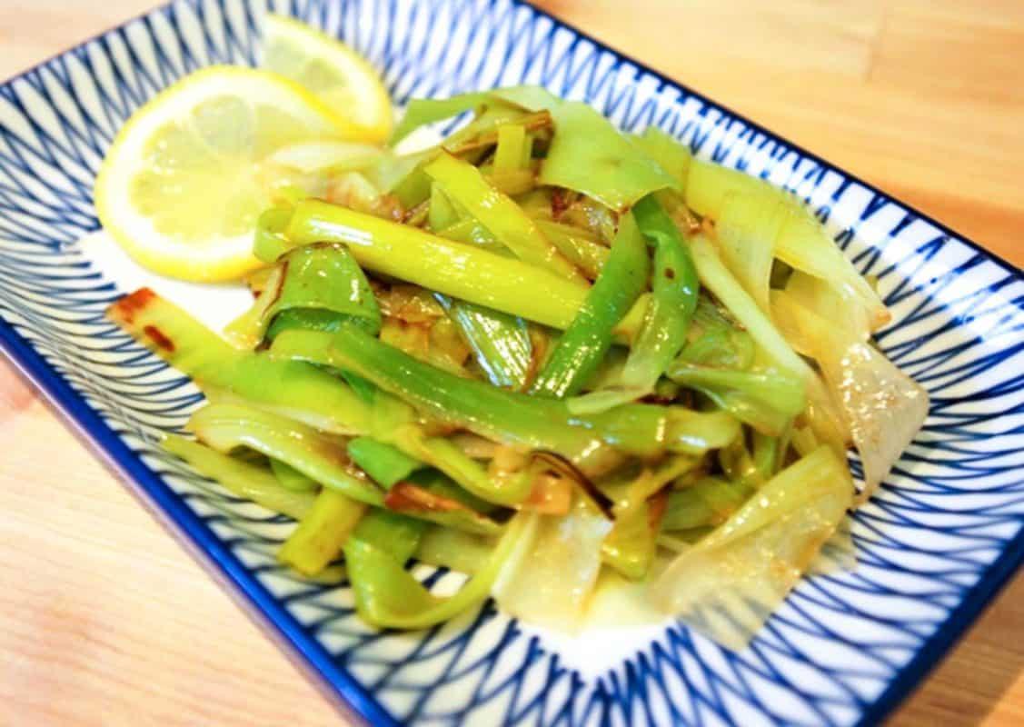 Easy Lemon Braised Leeks Recipe