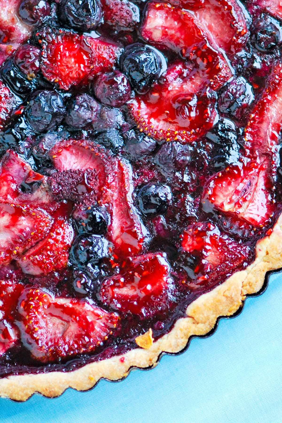 strawberry blackberry pie - HD1200×1798