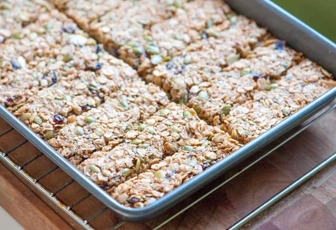 Homemade Baked Granola Bars