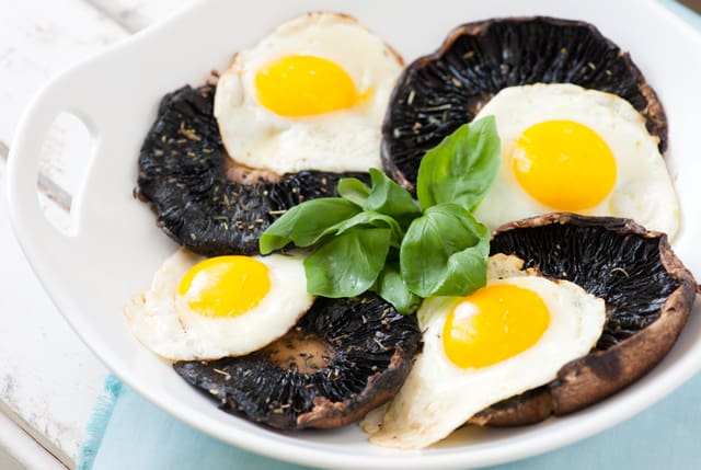 Easy Roasted Portobello Mushroom Recipe with Eggs