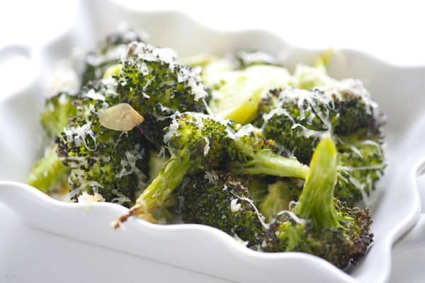 Cheddar Broccoli - Cheesy Baked Broccoli