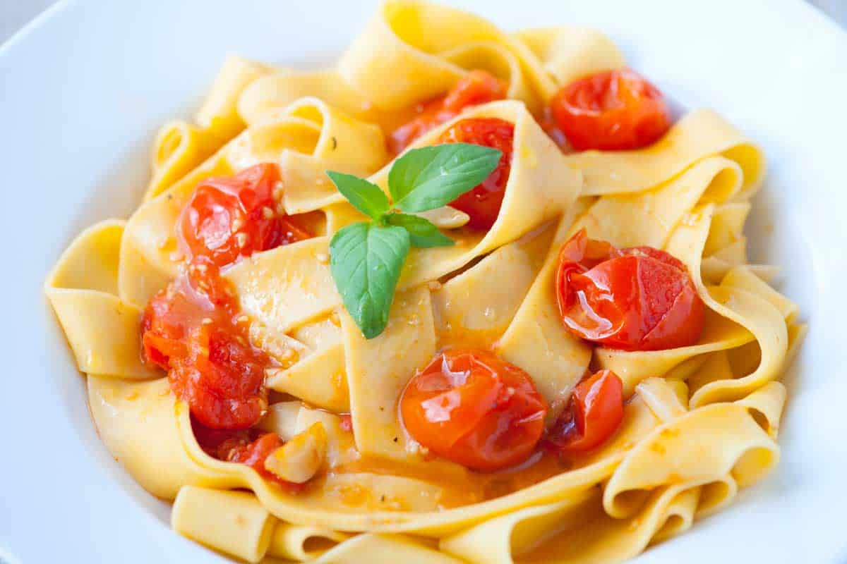 Cardamom Roasted Tomato Pasta Recipe
