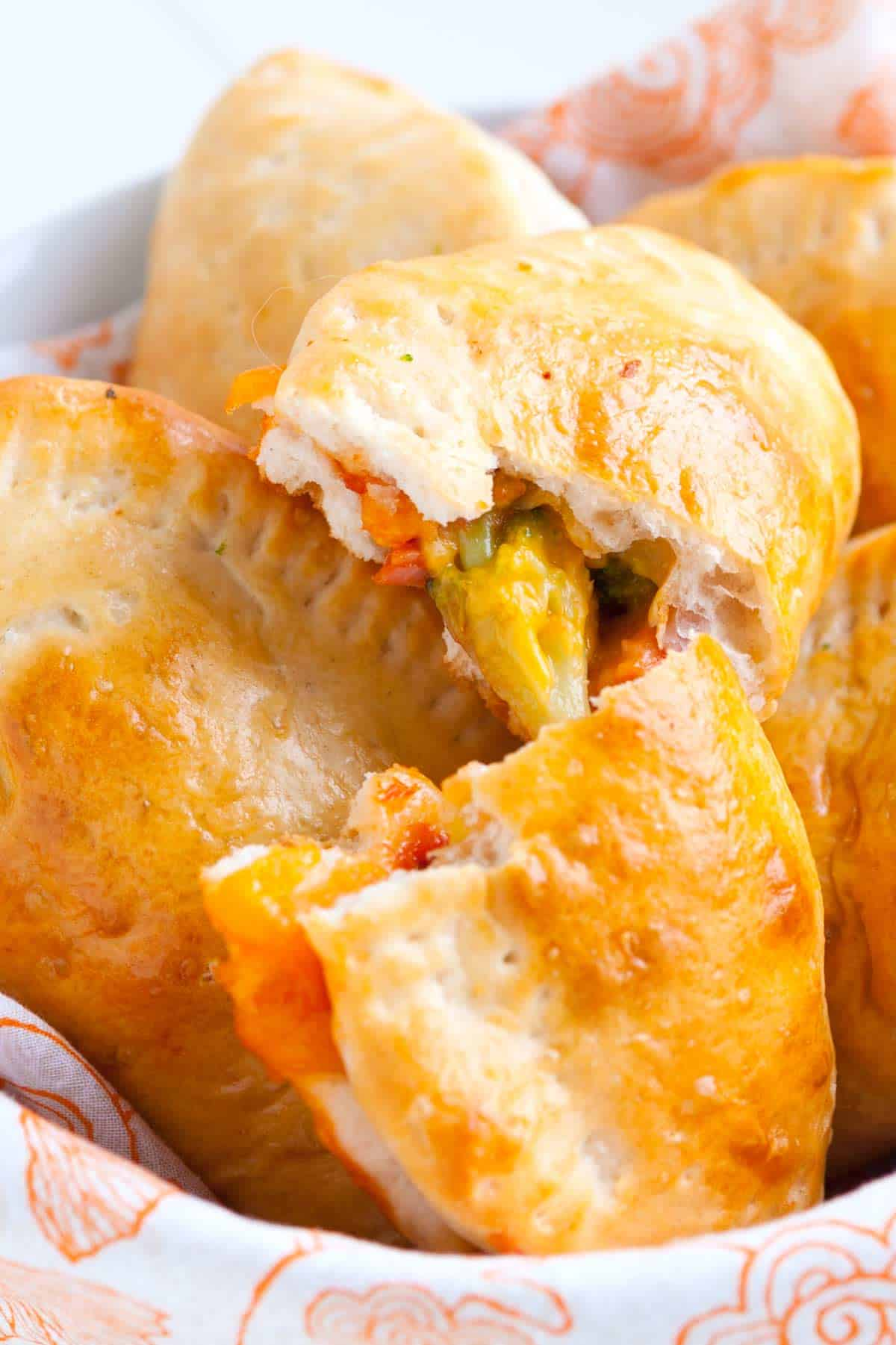 Ham and Broccoli Pizza Pockets Recipe