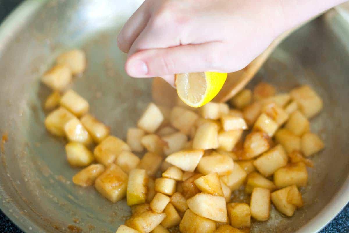 Easy Apple Pie Cupcakes