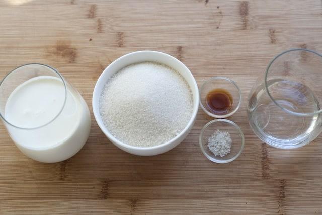 Salted Caramel Sauce-1