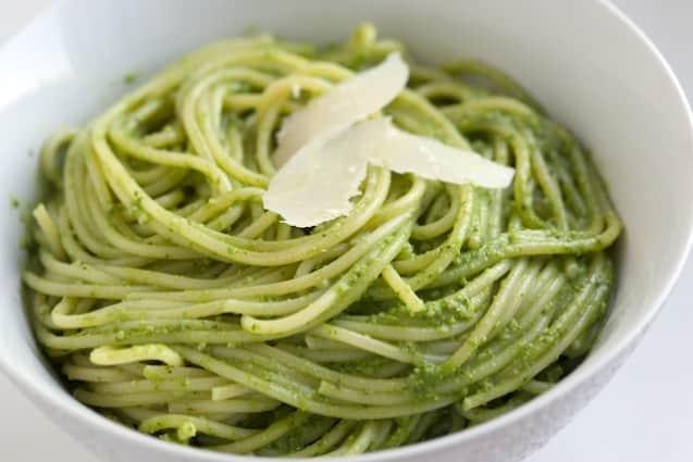 Fresh Kale Recipe – Kale Pesto Pasta