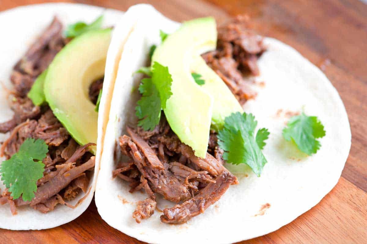 How to Make Irresistible Shredded Beef Tacos