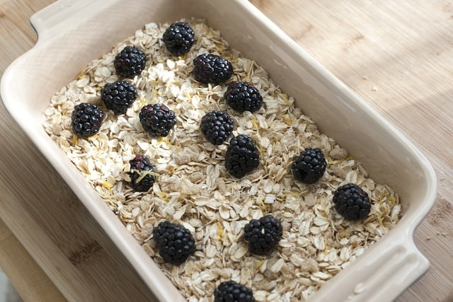 Blackberry Baked Oatmeal with Caramel Sauce-2