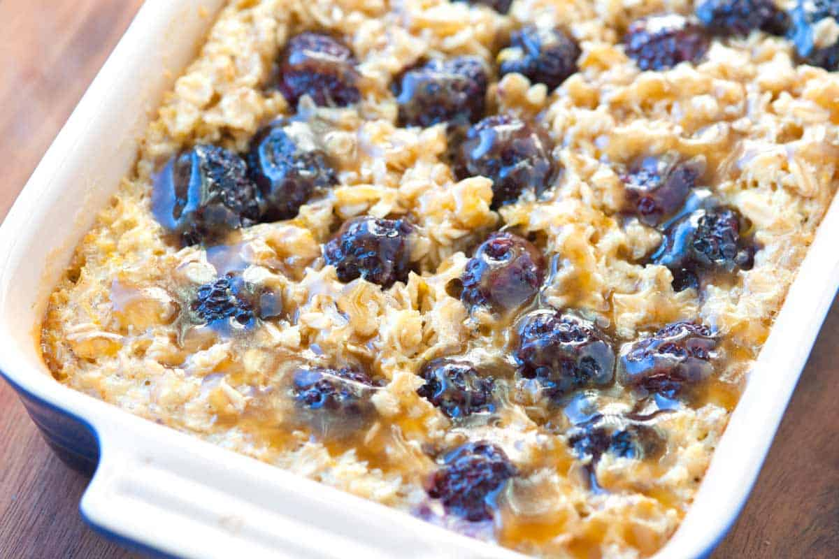 Blackberry Baked Oatmeal Recipe with Caramel Sauce