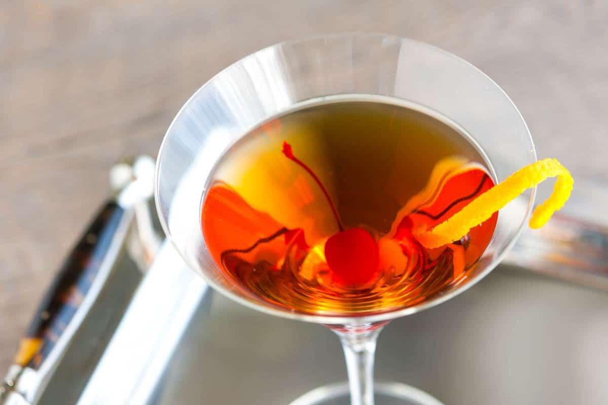 Classic Bourbon Manhattan Cocktail Recipe