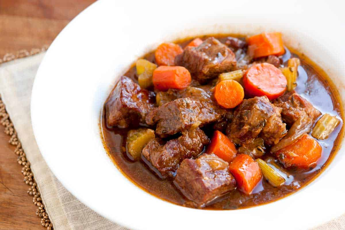 Irresistible Guinness Beef Stew Recipe with Carrots