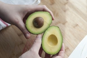 How-to-Prepare-and-Store-Avocado_1.jpg