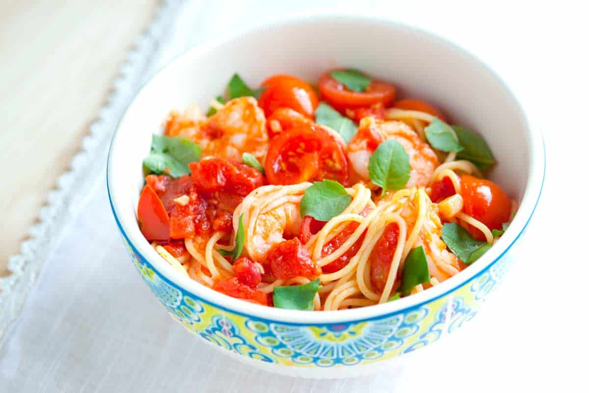 Shrimp Pasta Recipe with Tomato and Basil