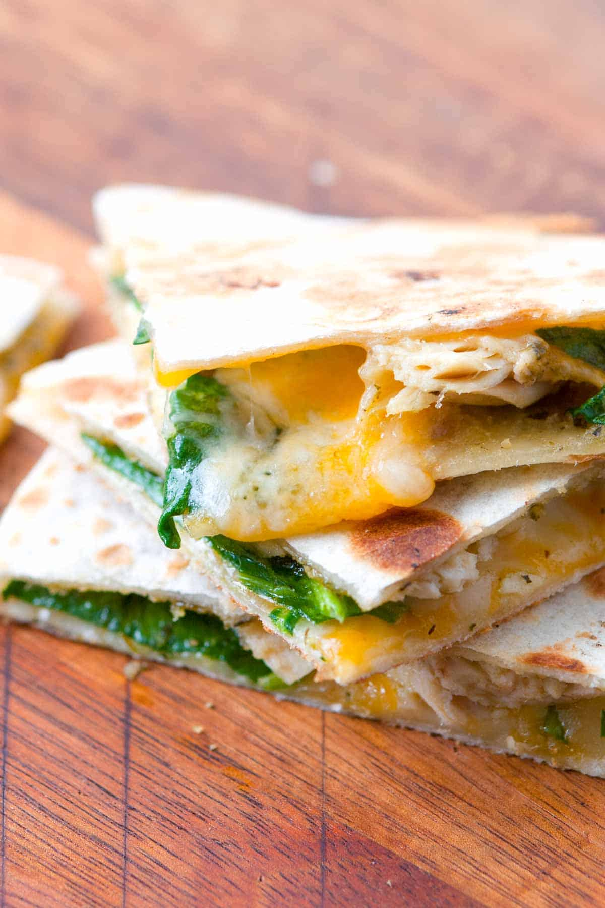 10 Minute Pesto Chicken Quesadilla Recipe