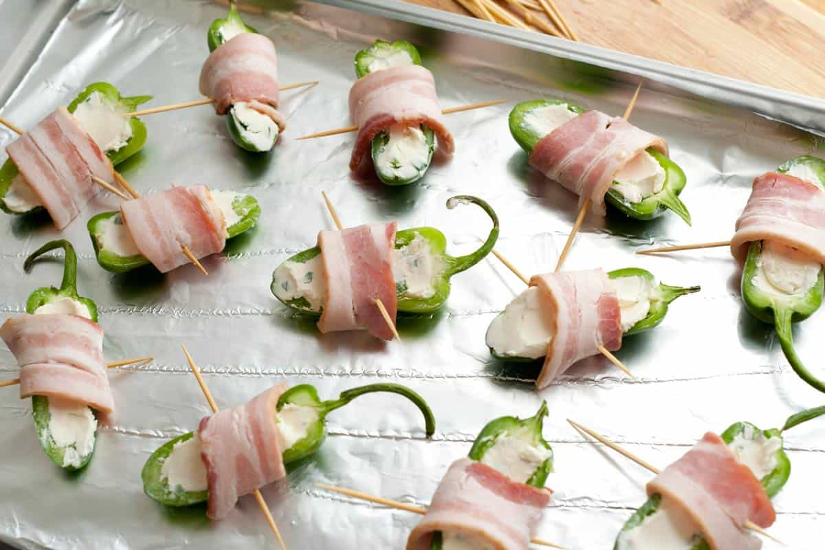 How To Make Bacon Wrapped Jalapeno Poppers Ridiculously Easy Bacon Wrapped  Jalapeno Poppers Recipe
