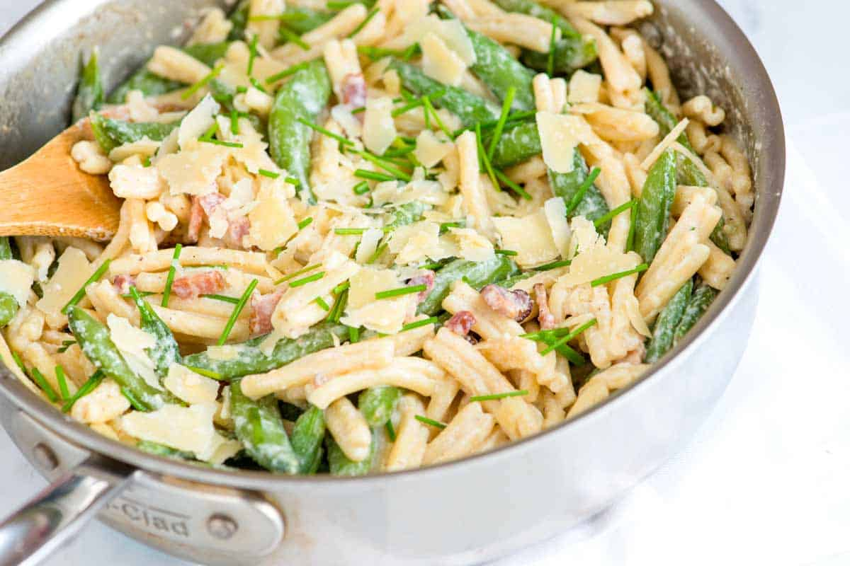 Creamy Pasta with Yogurt, Bacon and Snap Peas