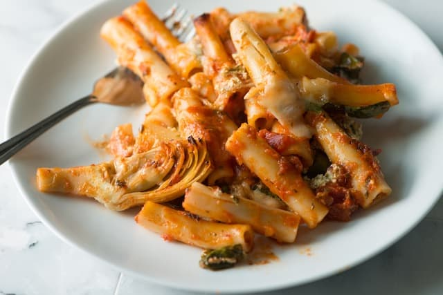 Simple Baked Ziti with Spinach, Artichokes and Pesto