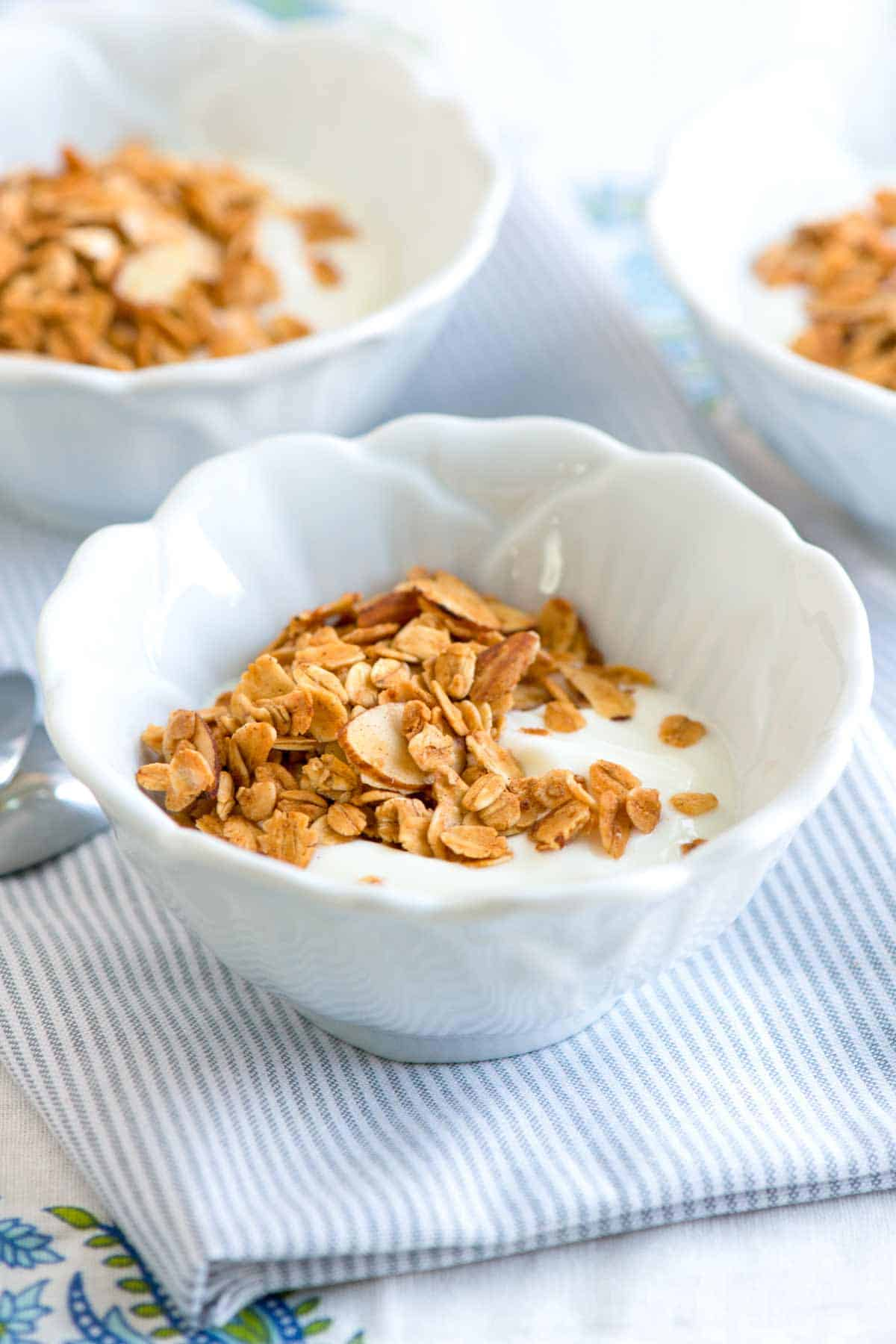 Homemade honey almond granola recipe how to make homemade granola ccuart Choice Image