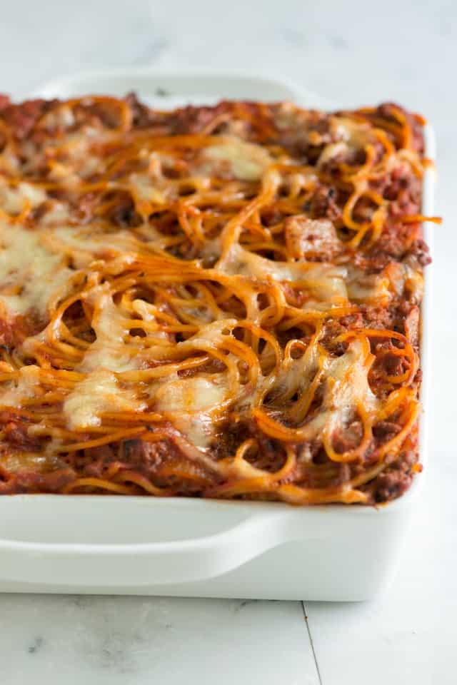 Easy Baked Spaghetti Recipe with Creamy Pesto