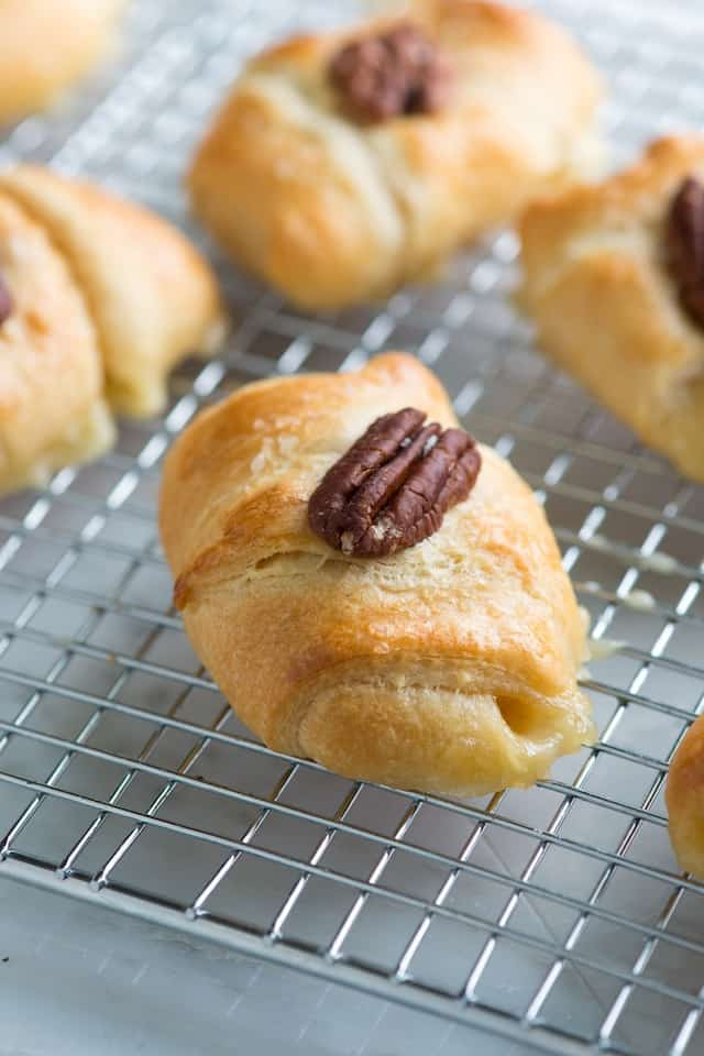 Mini Baked Brie Roll Ups Recipe