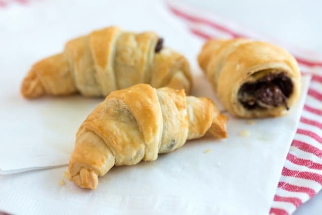 Sinfully Easy Chocolate Croissant Recipe – 30 Minutes