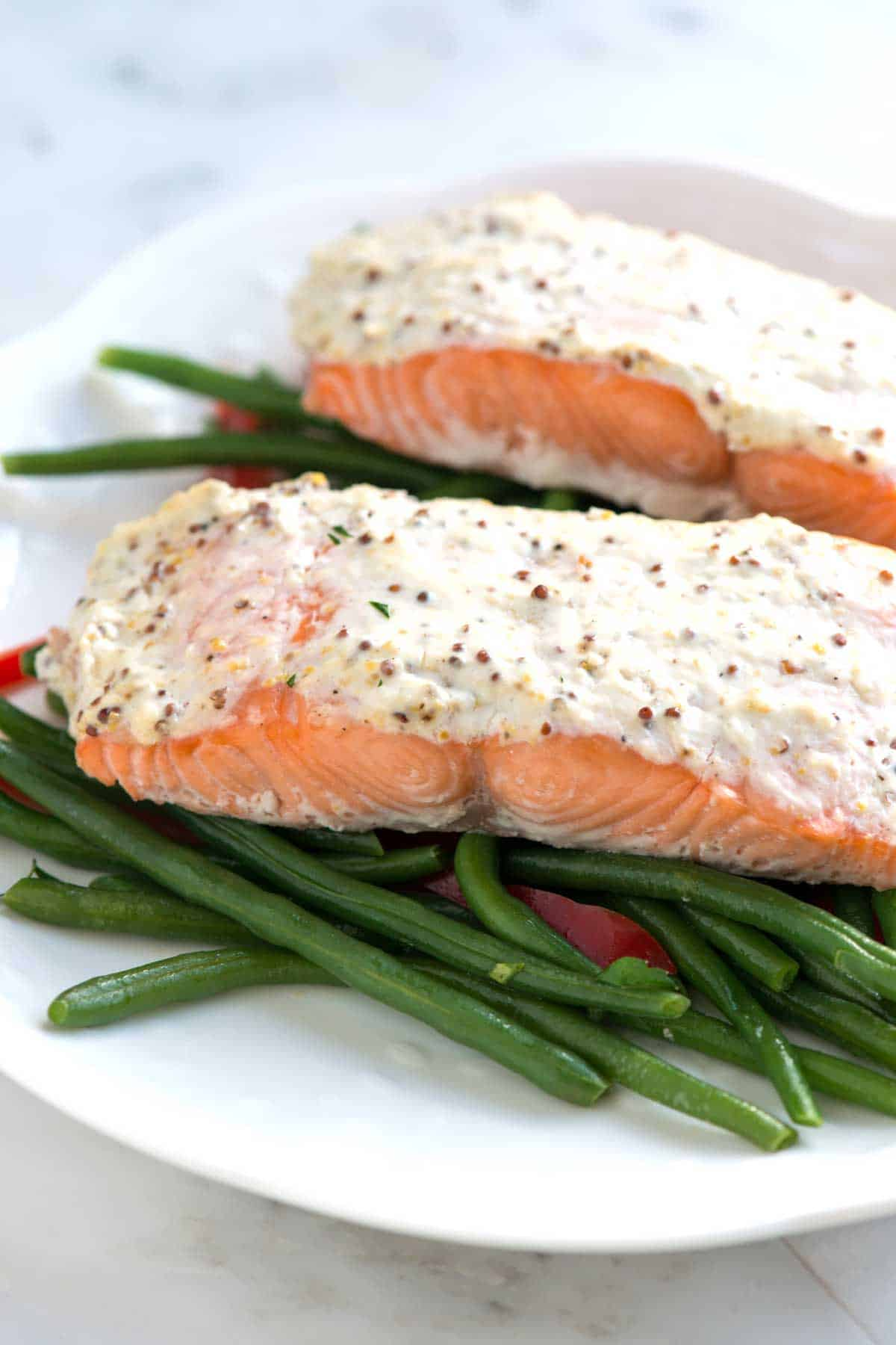 Easy Baked Salmon Recipe Topped with Sour Cream