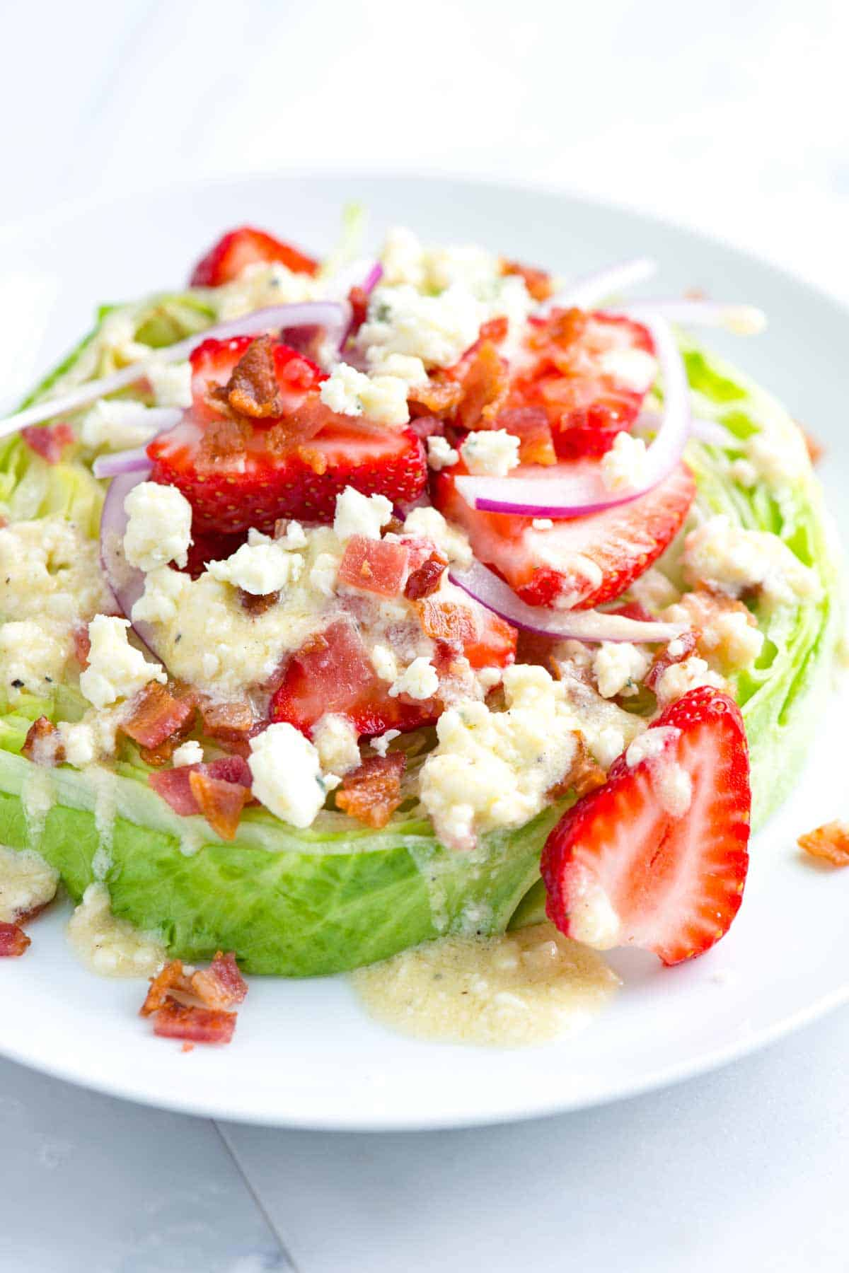 How to Make the Best Strawberry Salad