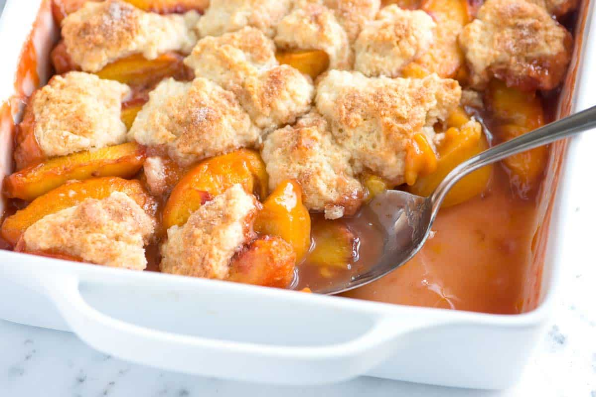 Easy peach cobbler recipe with biscuit top for Peach pie recipe with canned peaches