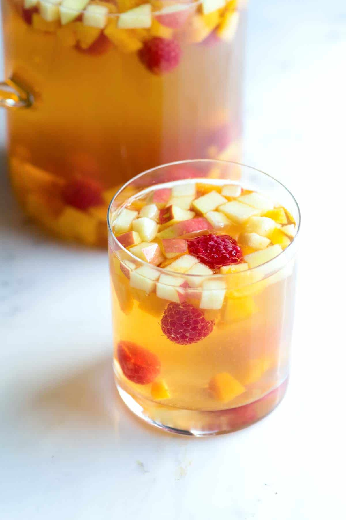 How to Make Sangria with White Wine