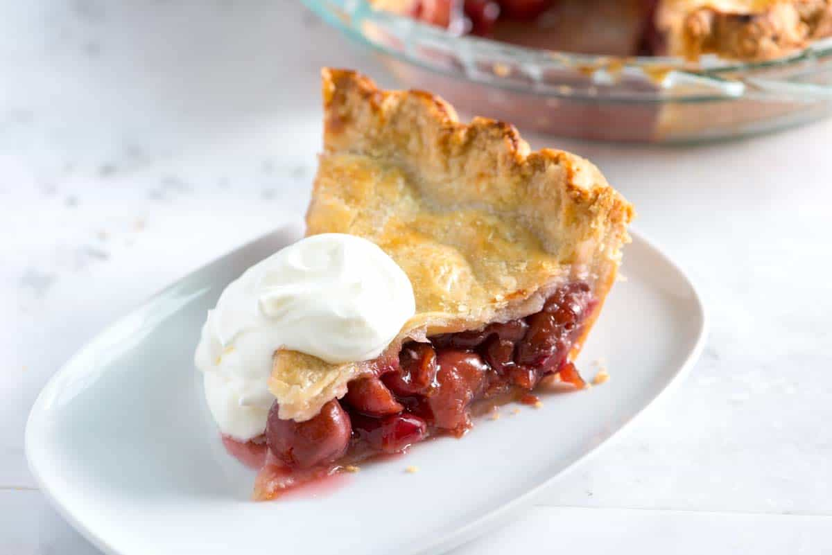 Easy Homemade Cherry Pie Recipe