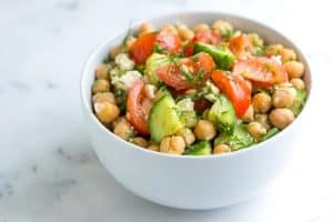 Easy Chickpea Salad with Lemon and Dill