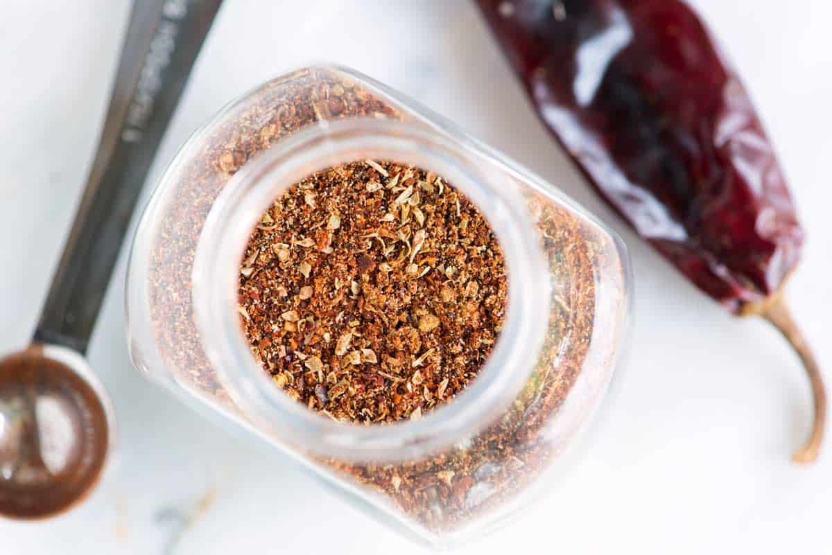 Stop overpaying for weak, flavorless chili powders and make homemade chili powder instead.