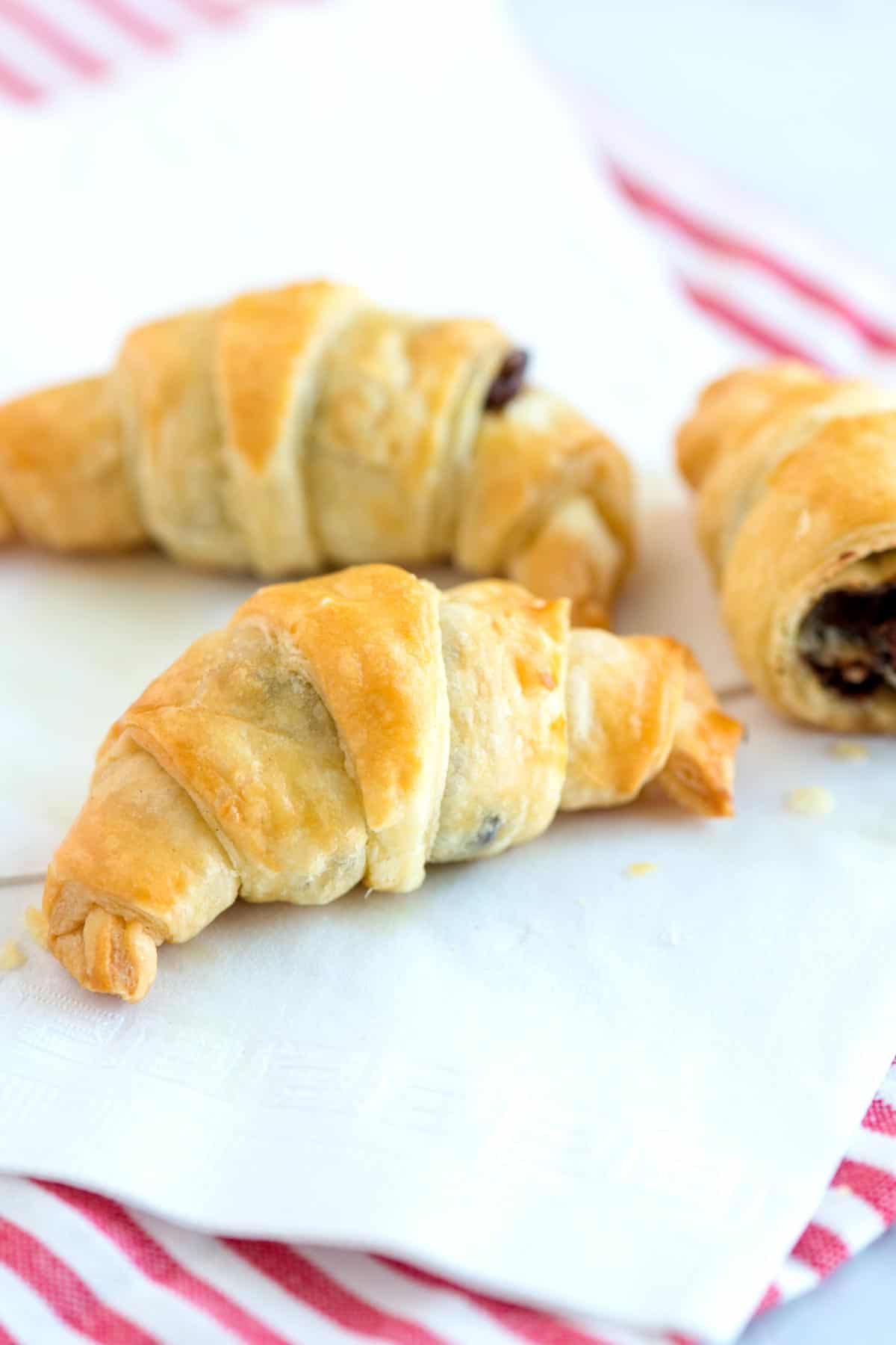 How to Make Chocolate Croissants in 30 Minutes