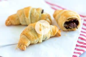 Easy, 30 Minute Chocolate Croissants Recipe
