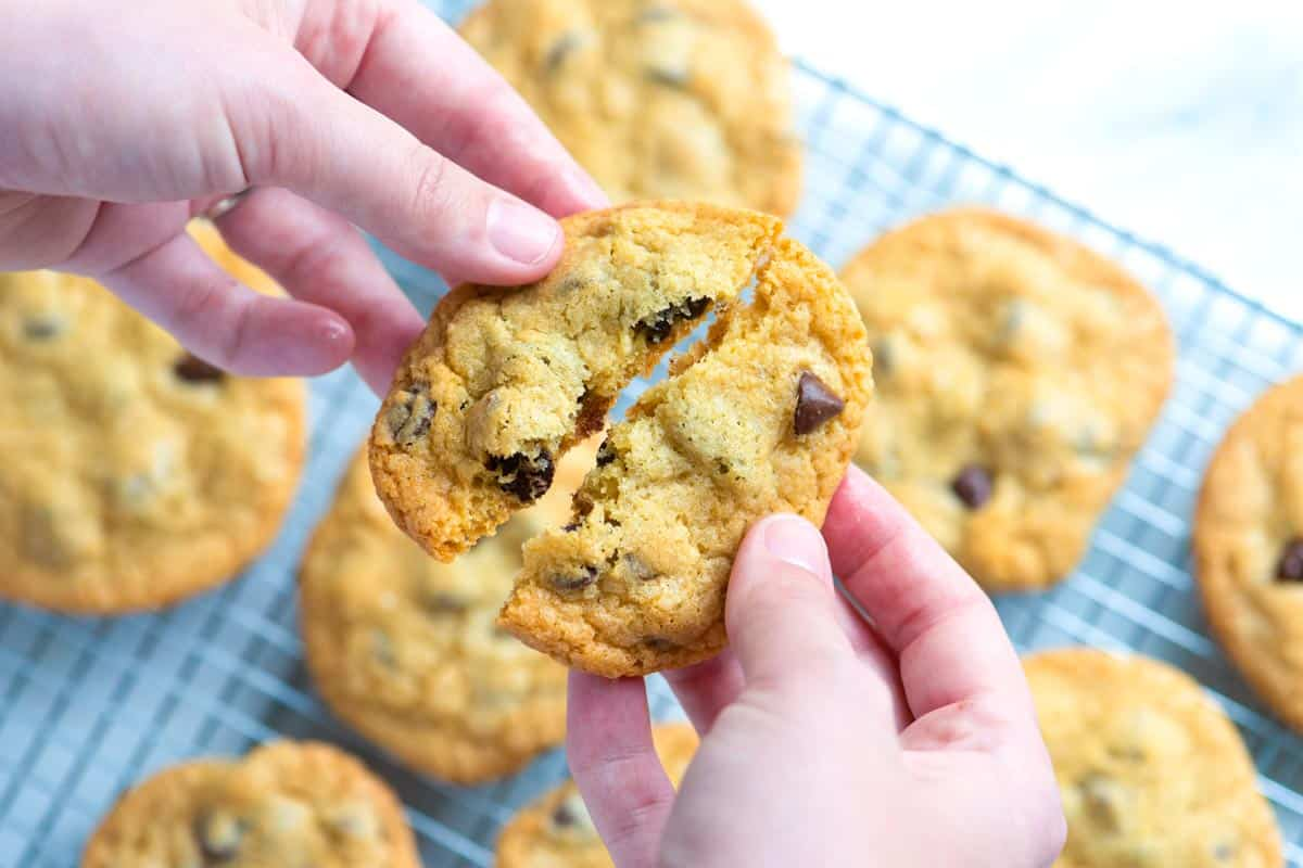 Easy Homemade Chocolate Chip Cookies Recipe