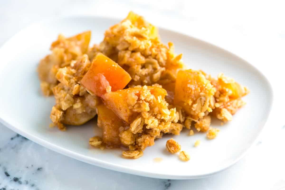 Easy Apple Crisp Recipe with Oats