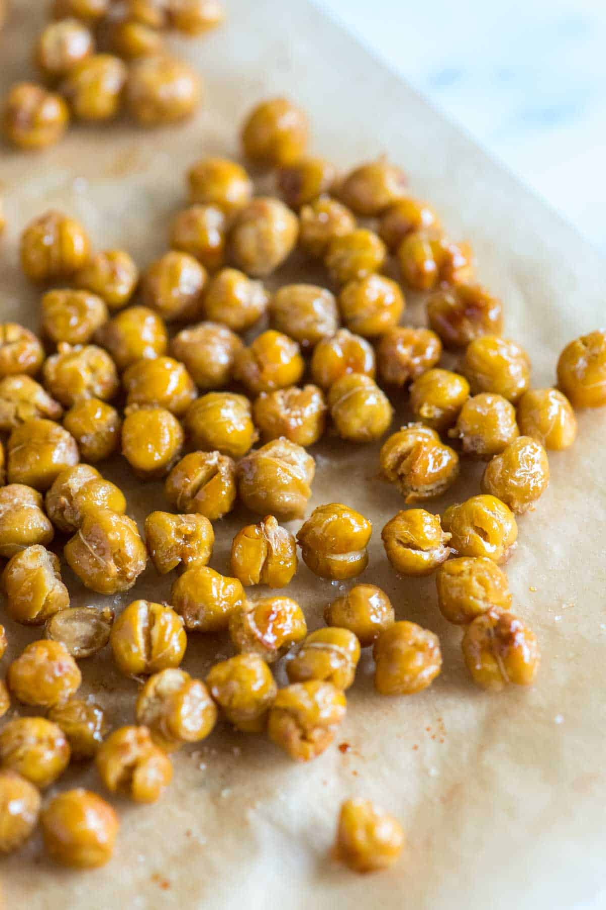 How to Make Crispy Chickpeas in the Oven