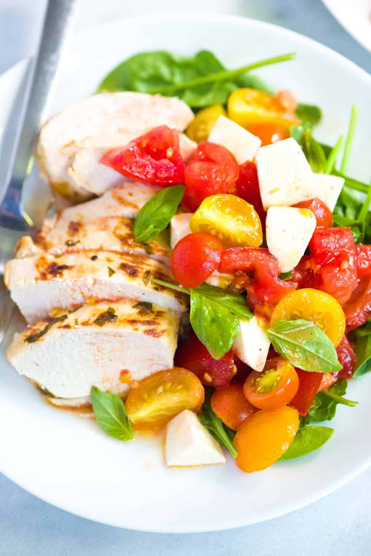 How to Make the Best Chicken Caprese with Juicy Chicken