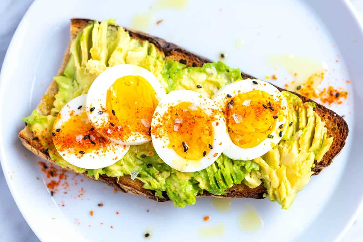 Smashed Avocado Toast with Egg