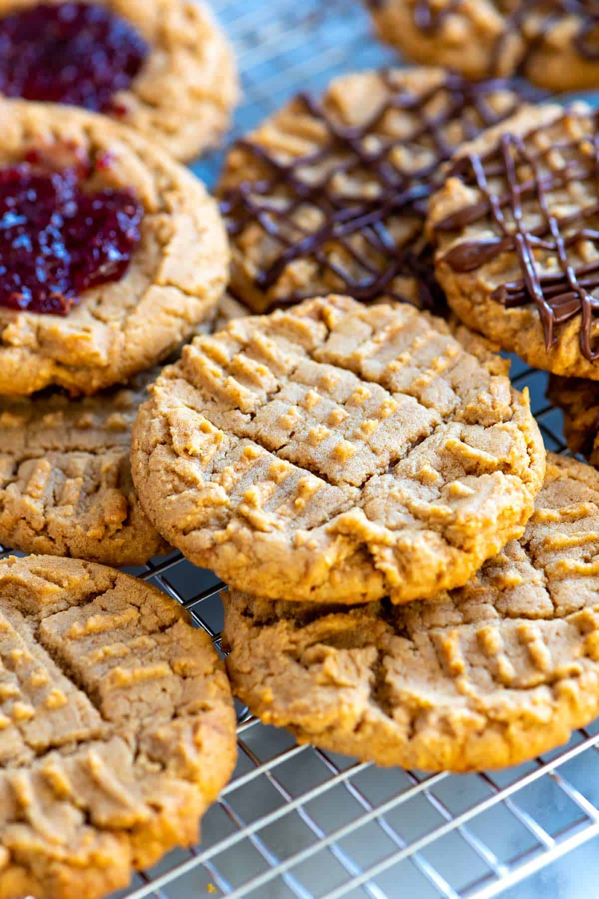 Ridiculously Easy Peanut Butter Cookies