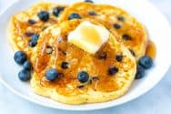 Easy Homemade Blueberry Pancakes Recipe