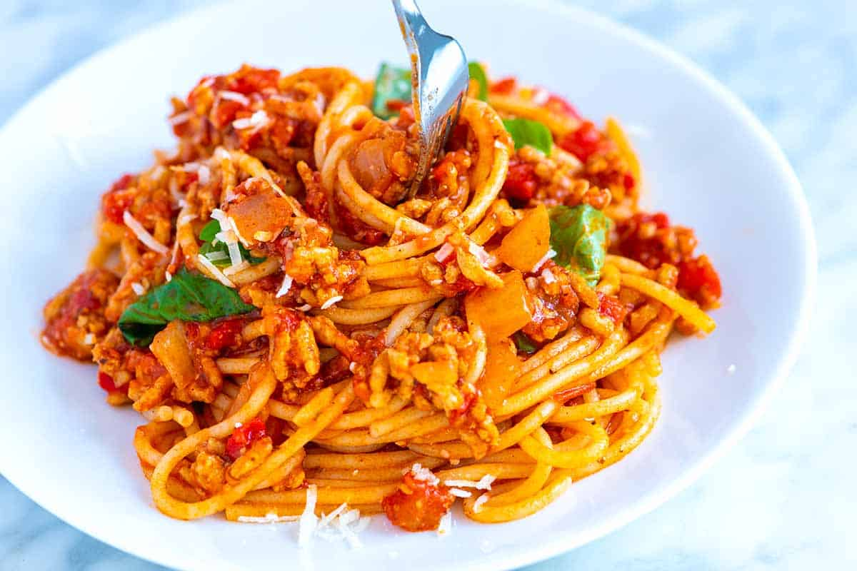 Easy Weeknight Spaghetti with Meat Sauce