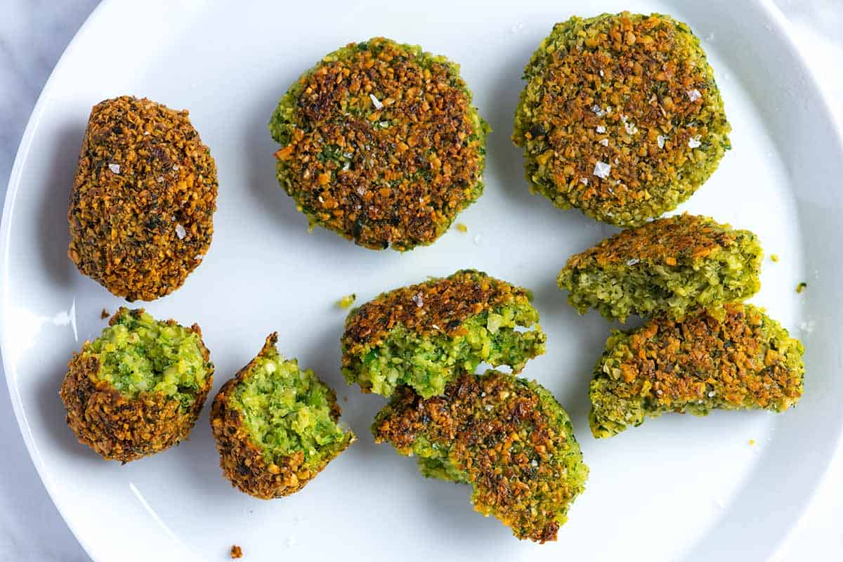 What's the Difference Between Fried, Pan Fried, and Baked Falafel?