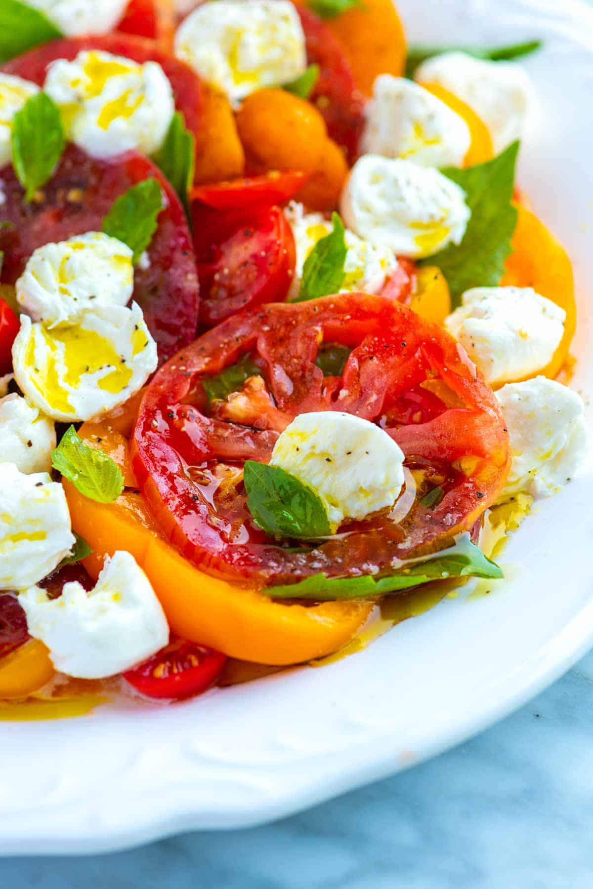 How to Make the Best Caprese Salad with Tomatoes, Mozzarella, and Basil