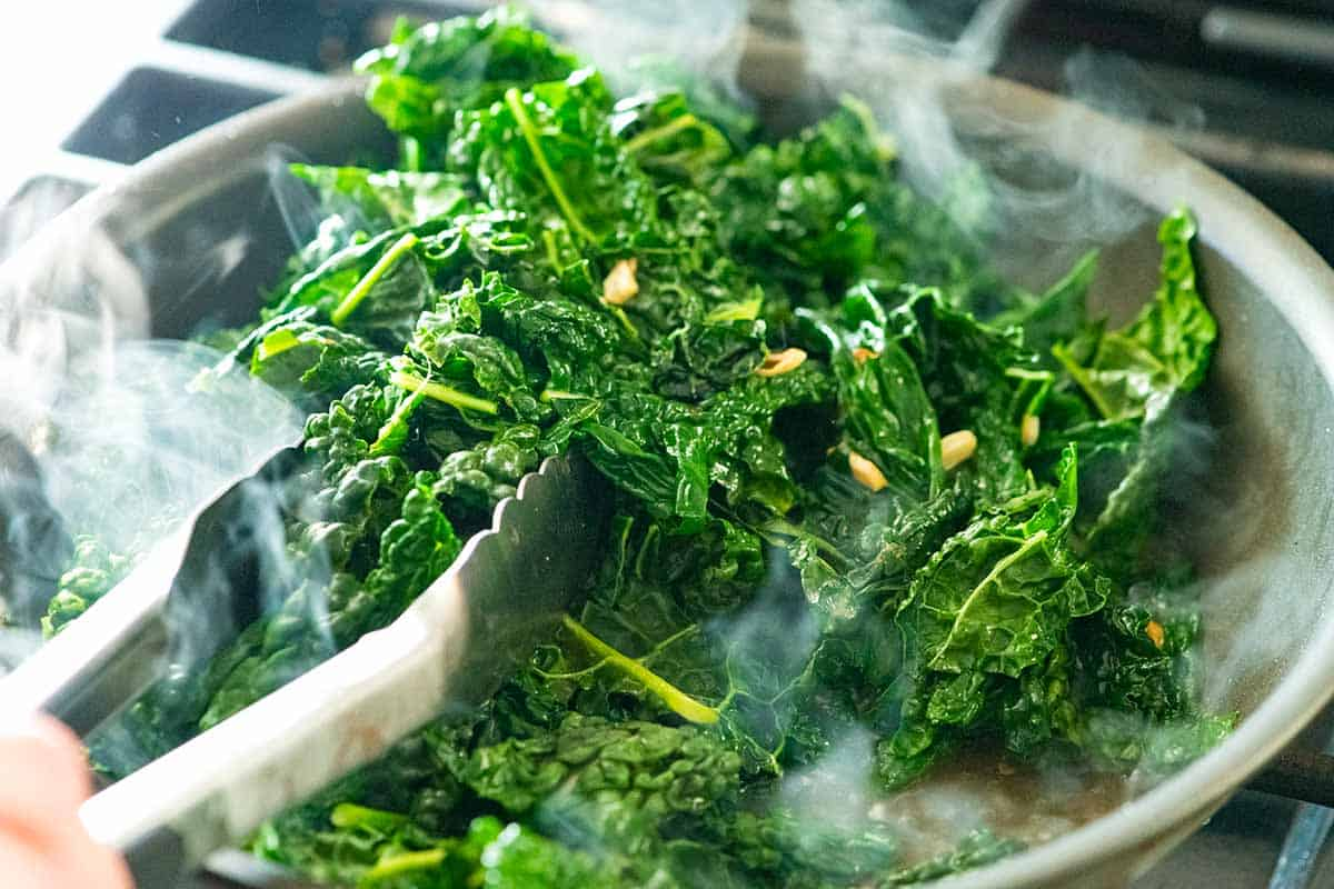 Cooking kale with garlic