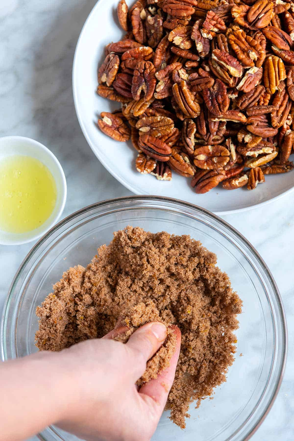 Making candied pecans