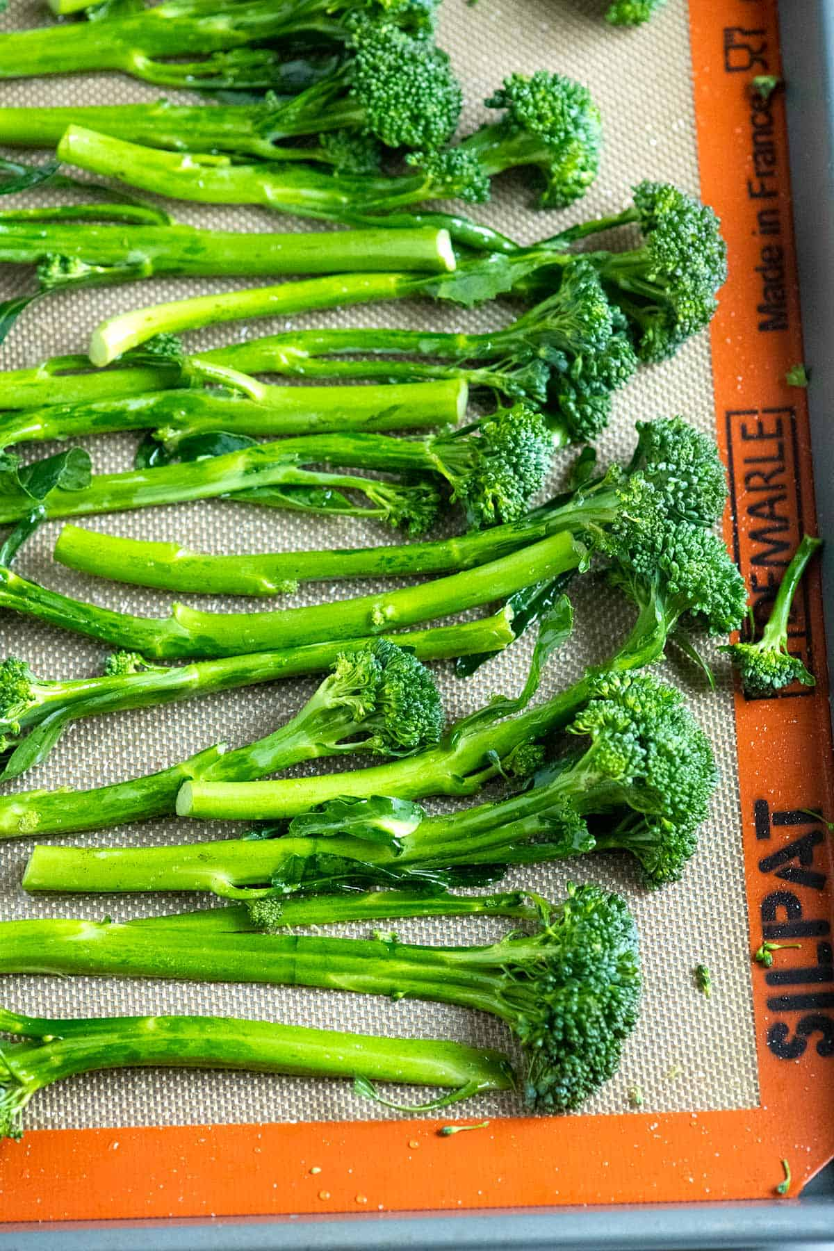 Broccolini ready to be roasted