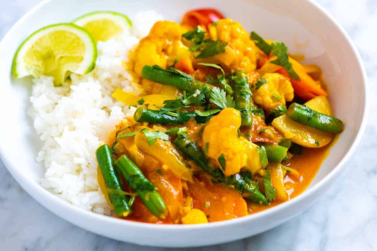 Coconut Ginger Vegetable Curry